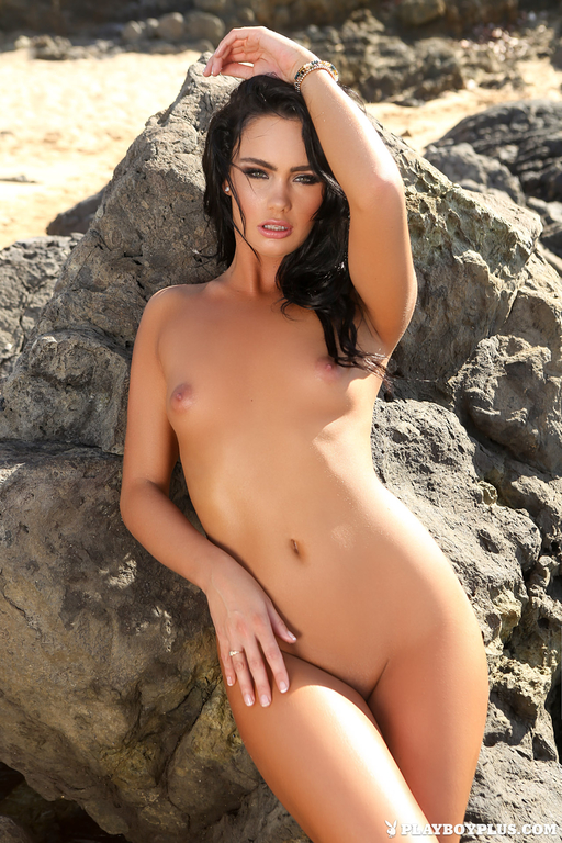 fully-naked-danac-patrick