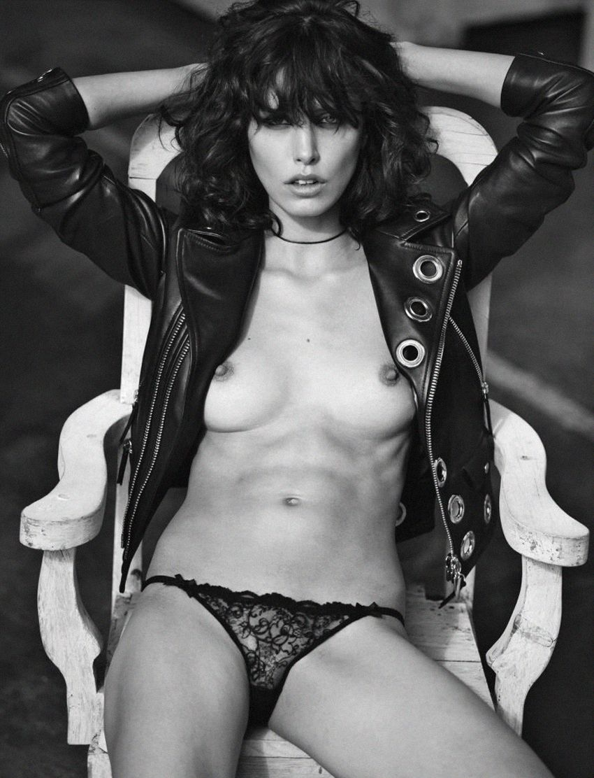 Lorelle-Rayner-Topless-6