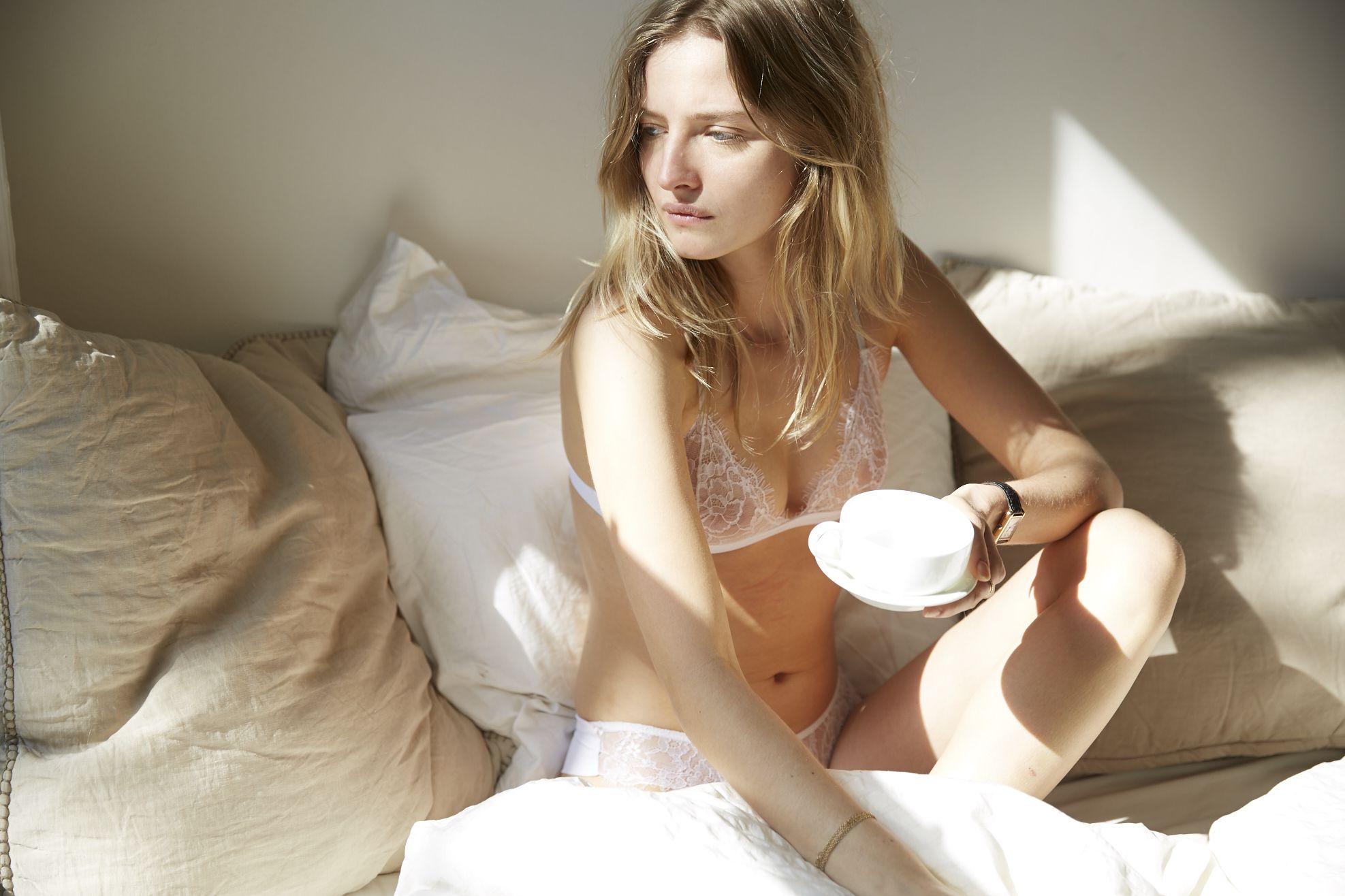 Amanda-Norgaard-Sexy-3