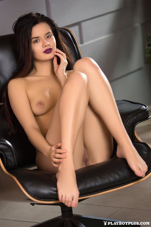 Carmen Summer sexy (1)
