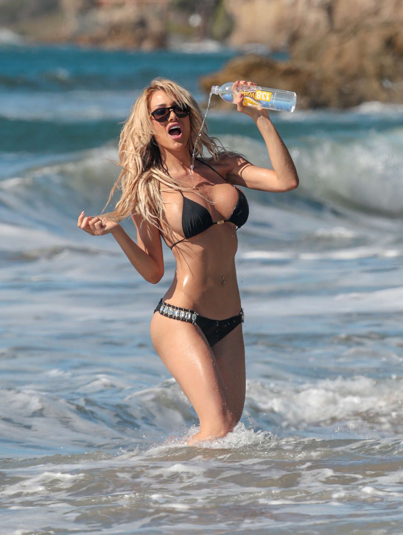 Dalia-Elliott-in-a-Bikini-17
