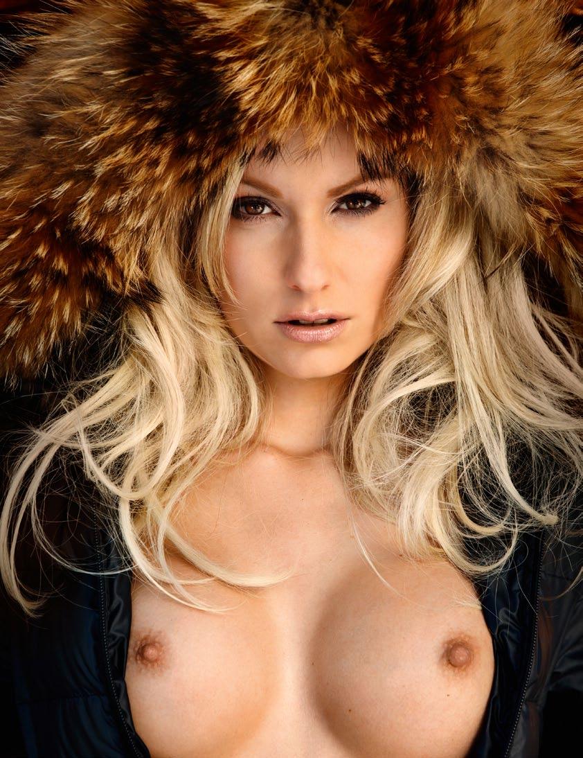 Dominique Regatschnig nude (11)