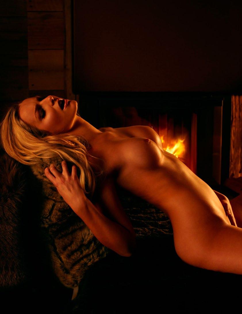 Dominique Regatschnig nude (21)