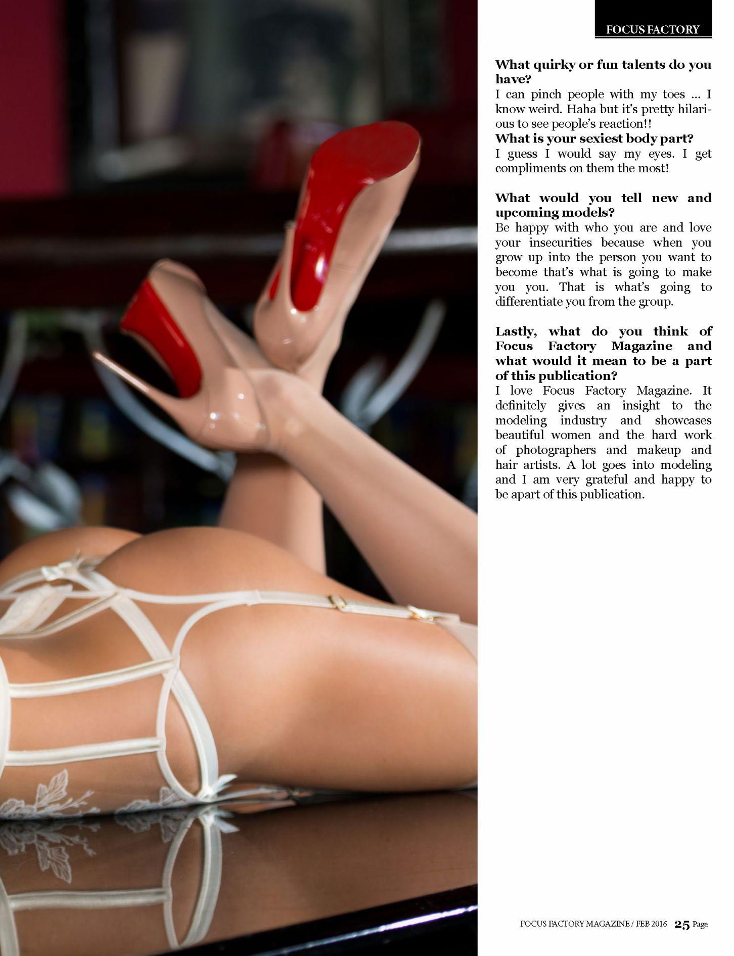 Hollie Hoosline lingerie (4)