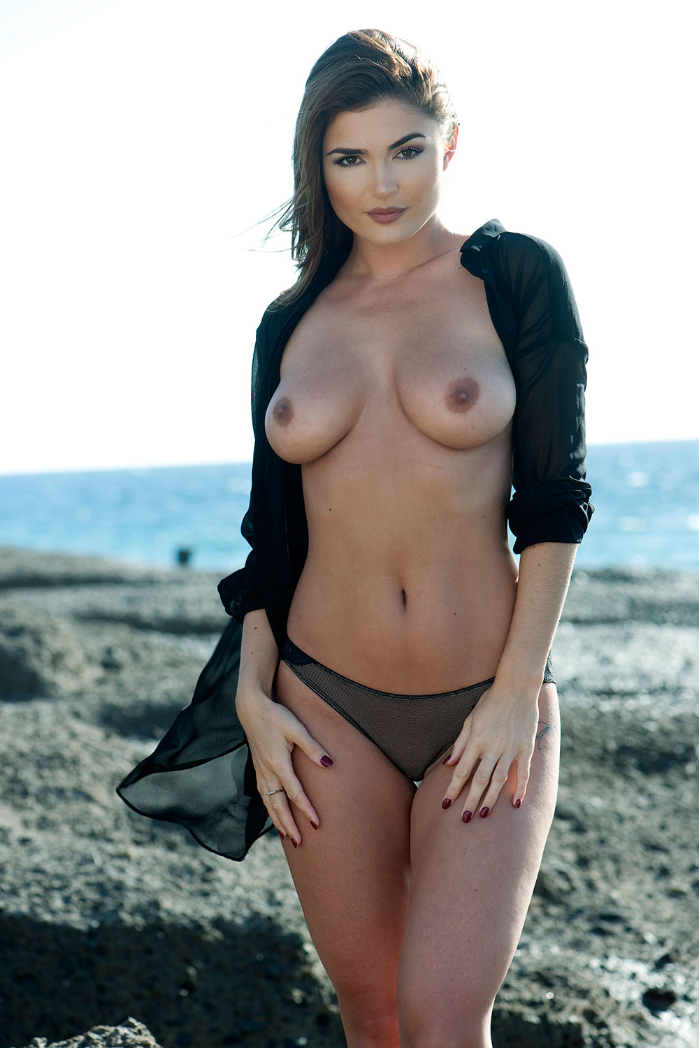 Topless Photos Of India Reynolds Thefappening