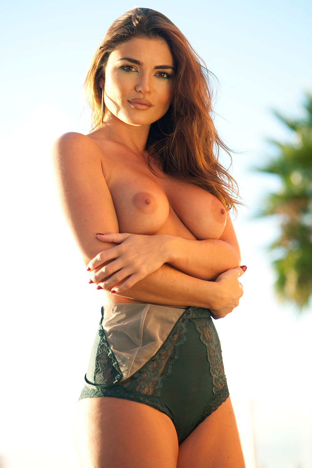 India-Reynolds-Topless-3 (1)