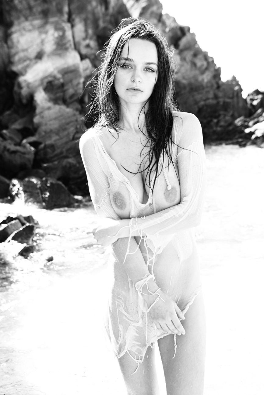 Kristen-Rain-Nude-2