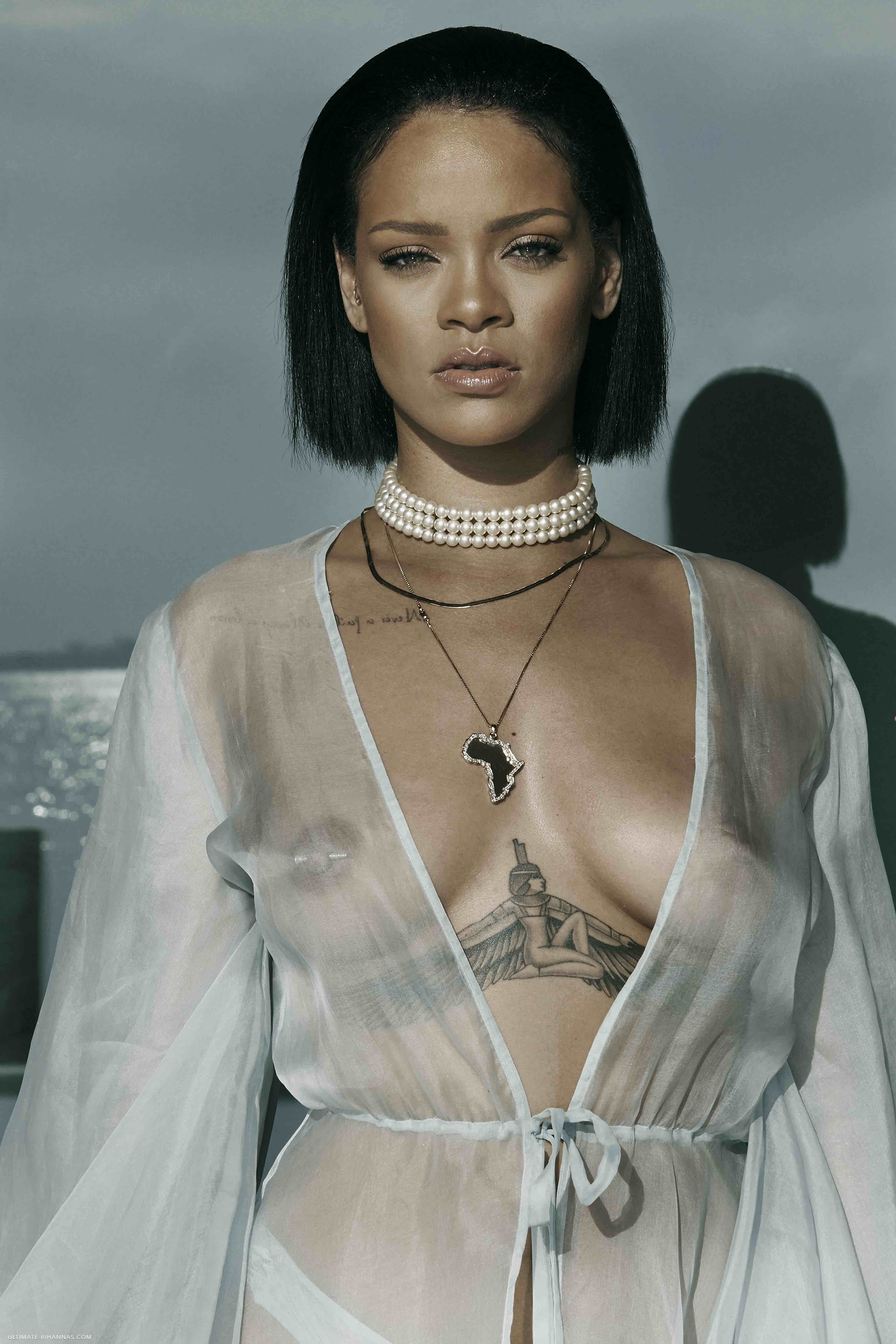 Rihanna-See-Through-3 (1)