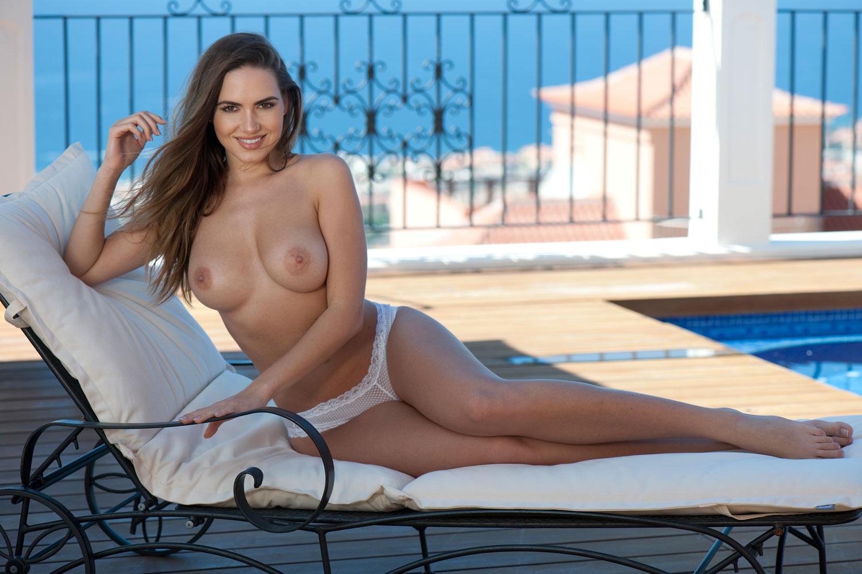 Sabine-Jemeljanova-Sexy-Topless-3 (2)