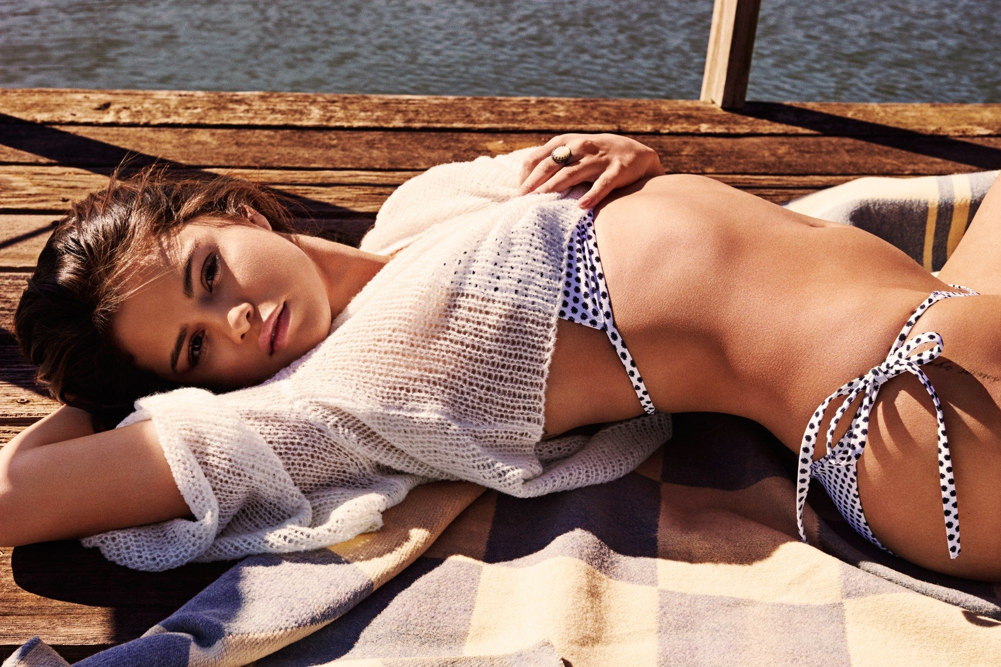 Selena-Gomez-Sexy-1