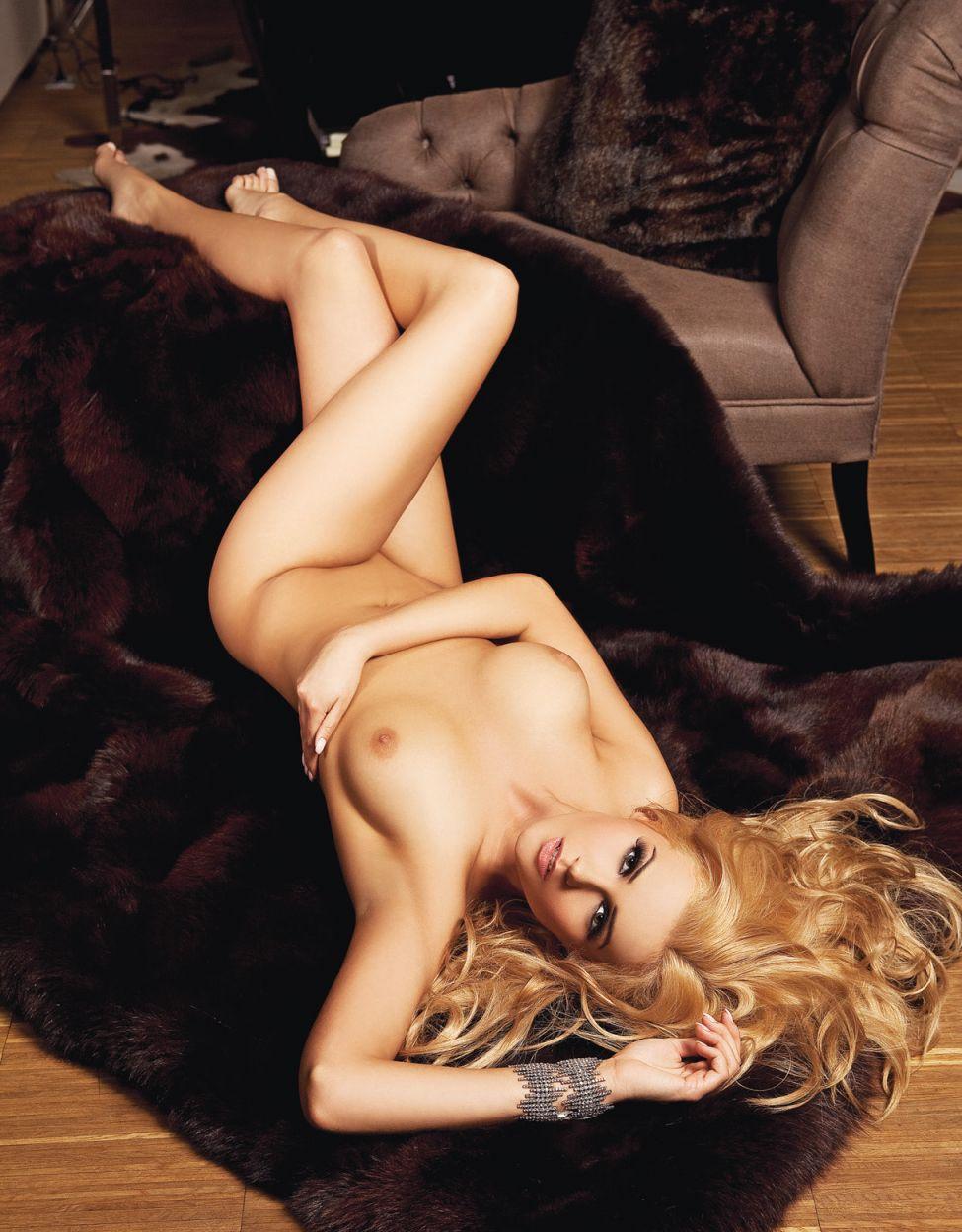 Angelika Jakubowska nude (4)