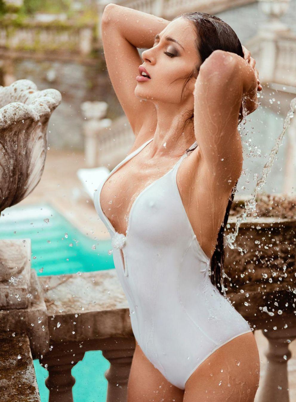 Hot XXX Corinne Piccolo naked photo 2017