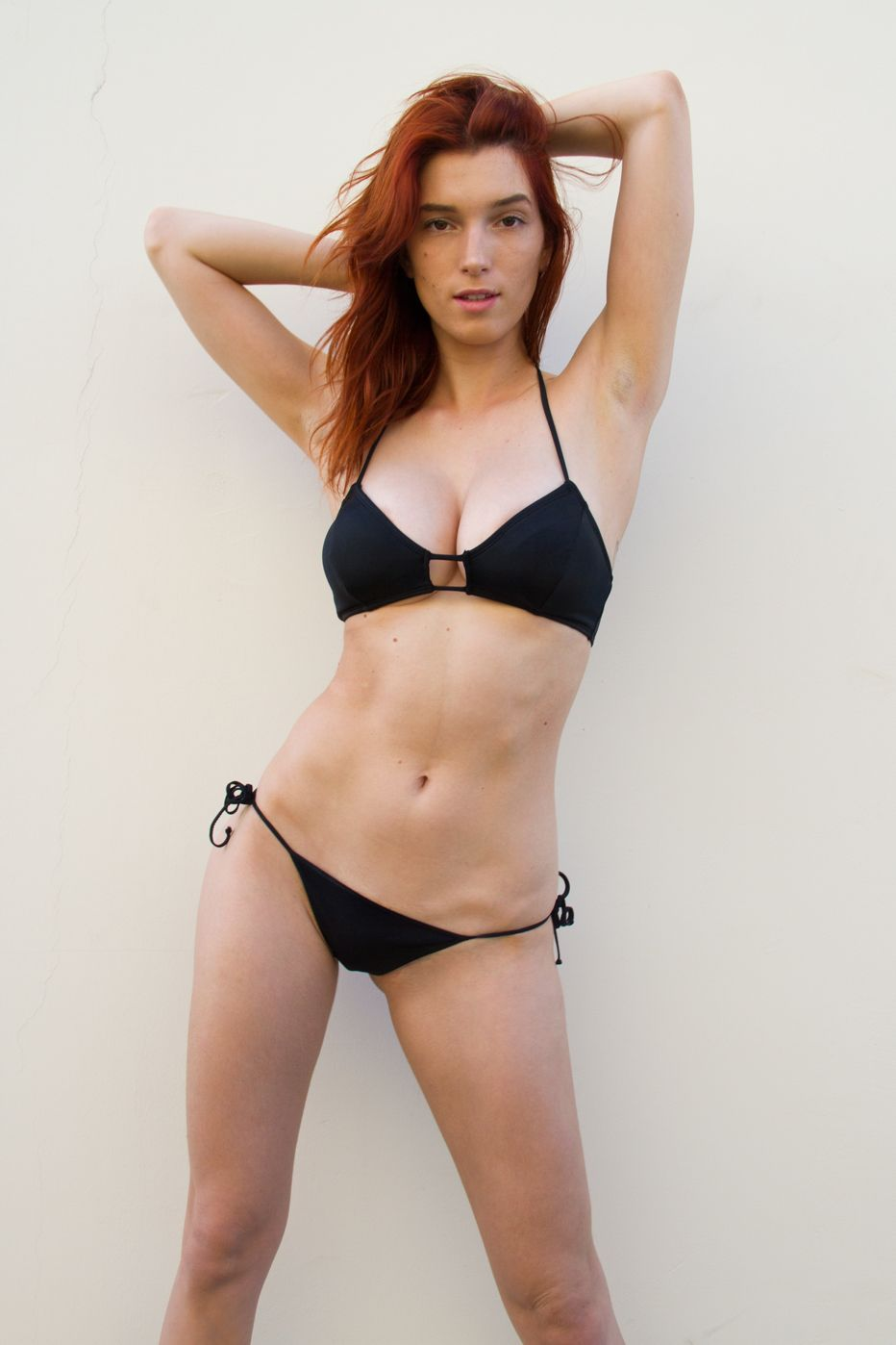 Dani-Thorne-Sexy-Photos-3