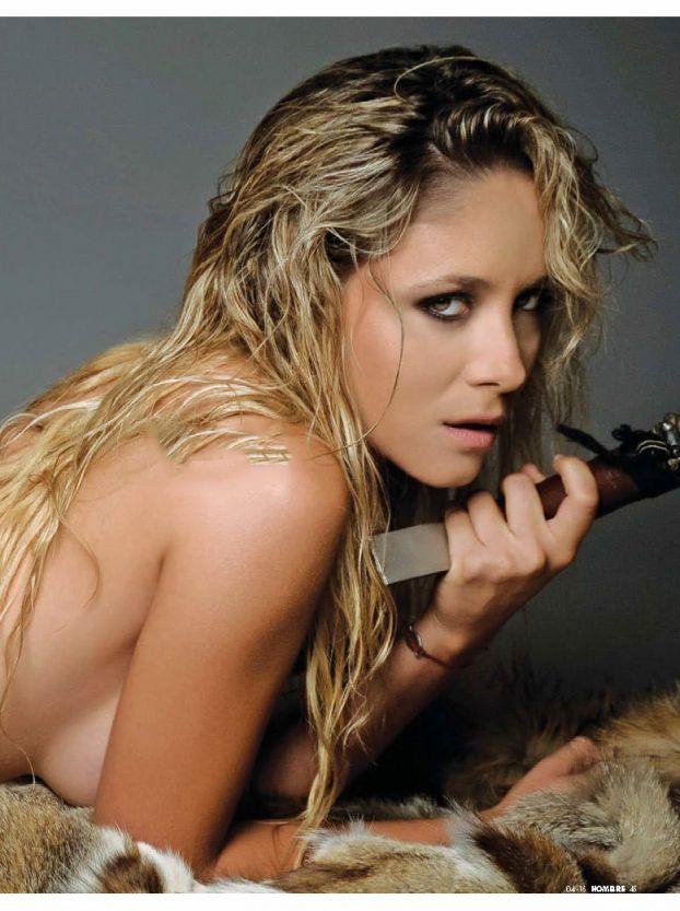 Gabriela Coceres topless (1)