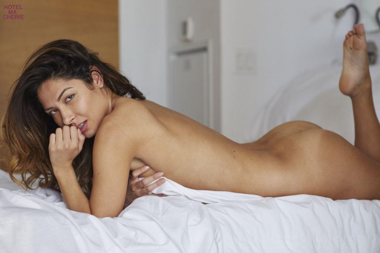 Kat-Kelley-Nude-12