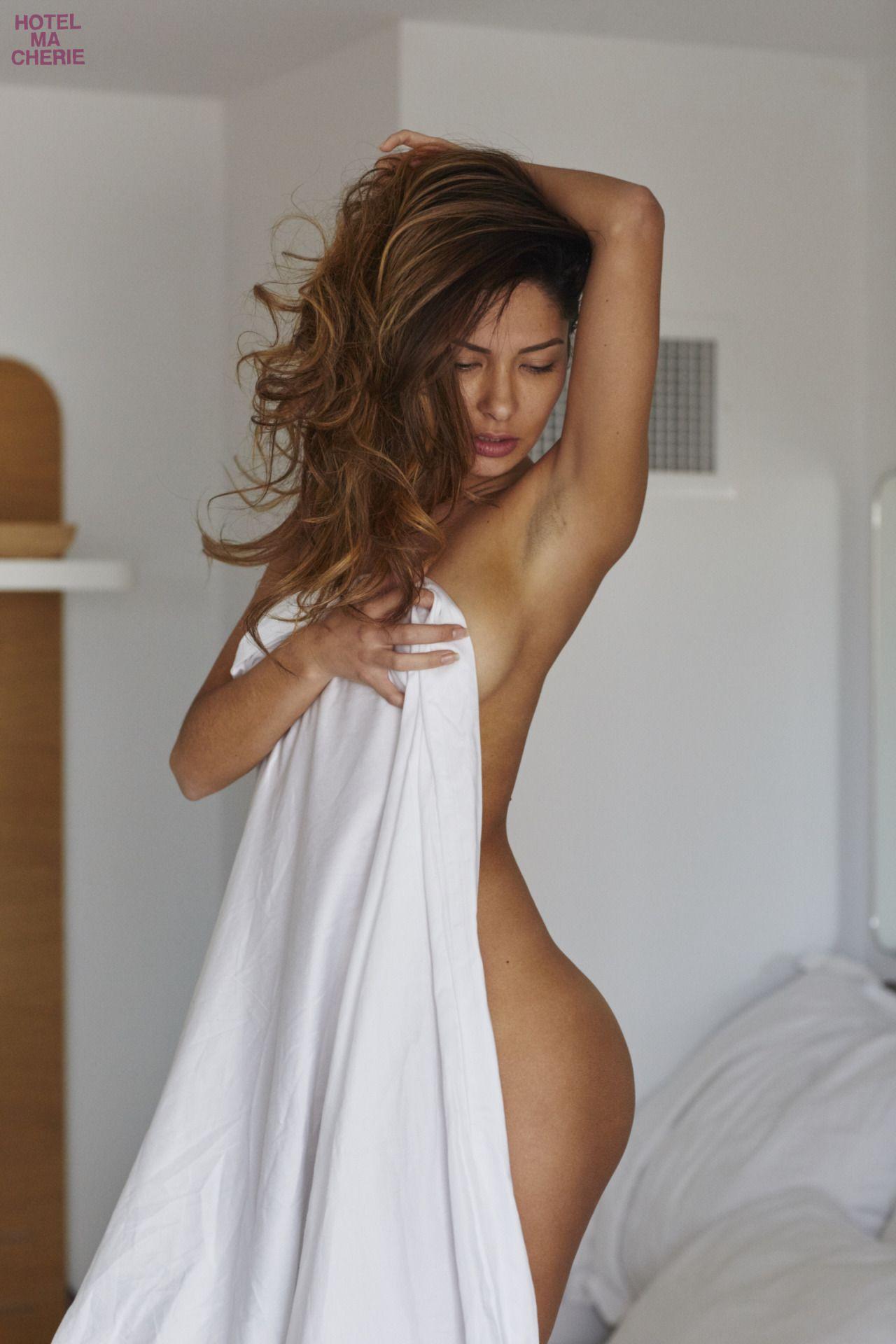 Kat-Kelley-Nude-15