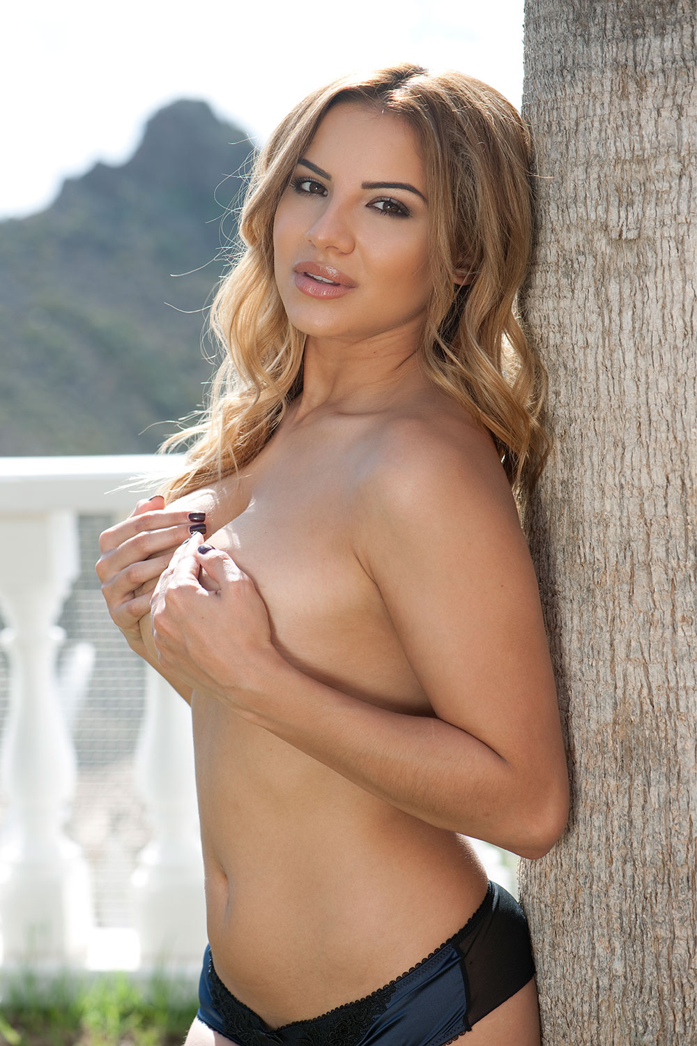 Lacey-Banghard-Topless-3 (4)