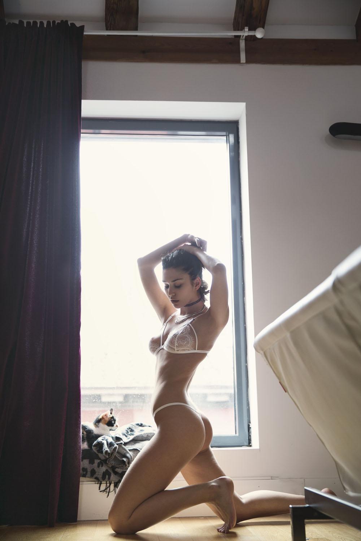 Ana Sotillo sexy set (1)