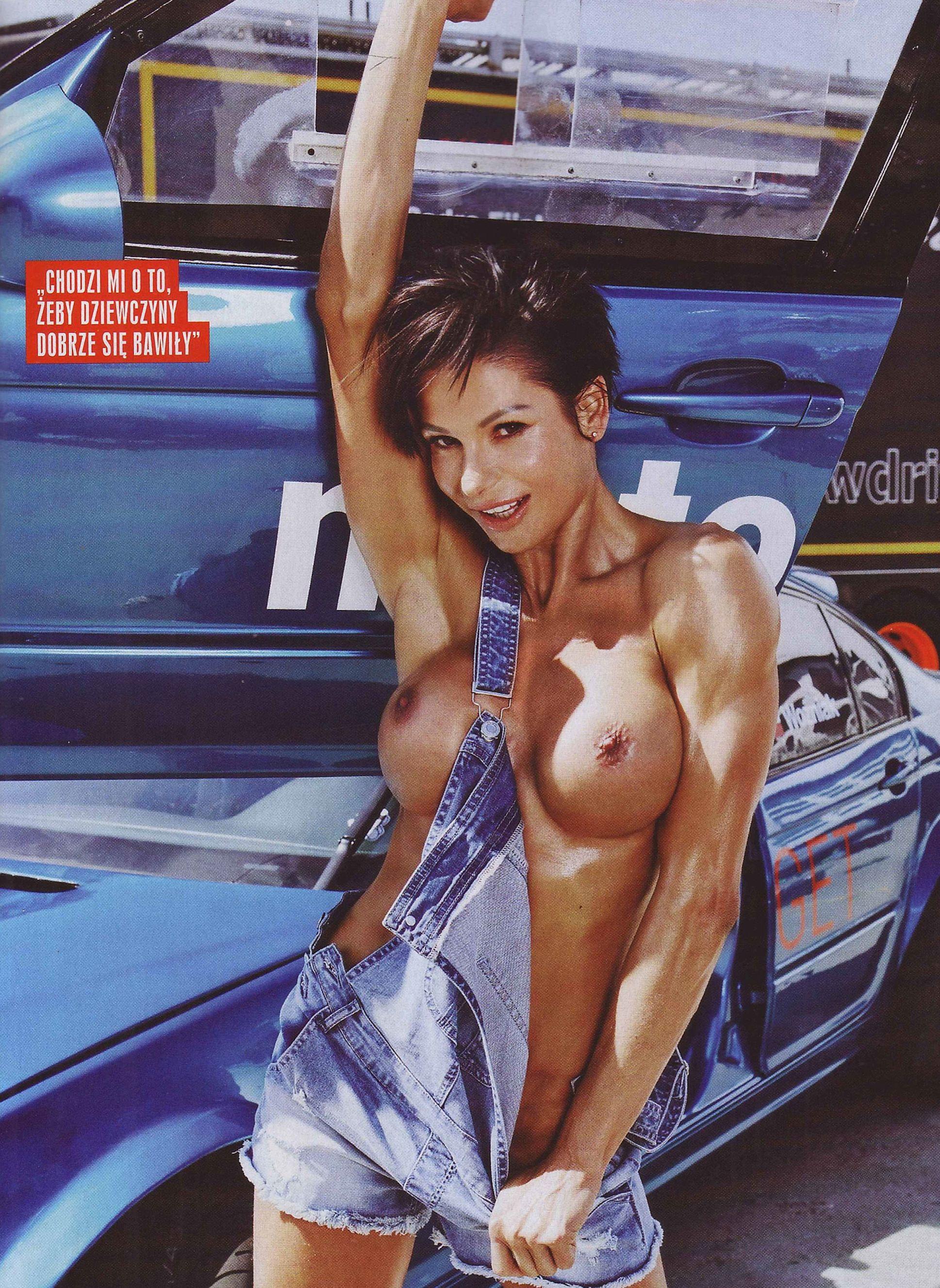 Anita Szymczak topless – CKM Poland – June 2016 (4)
