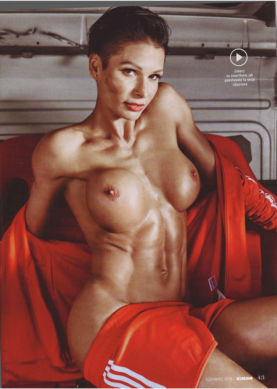 Anita Szymczak topless – CKM Poland – June 2016 (5)