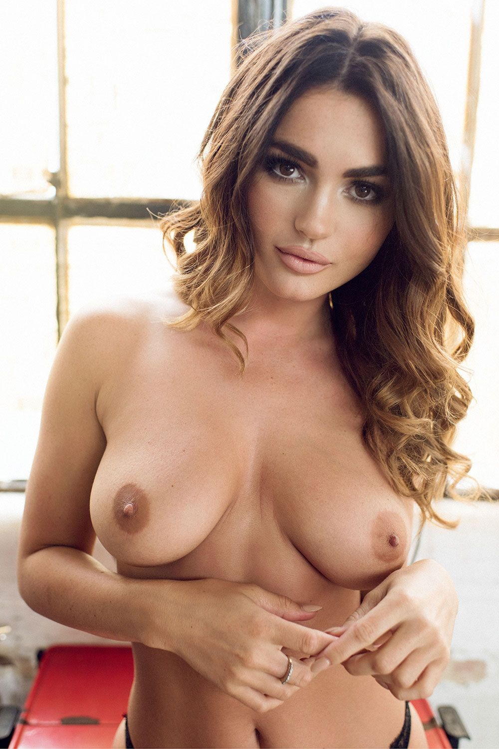 India-Reynolds-Sexy-and-Topless-3-1