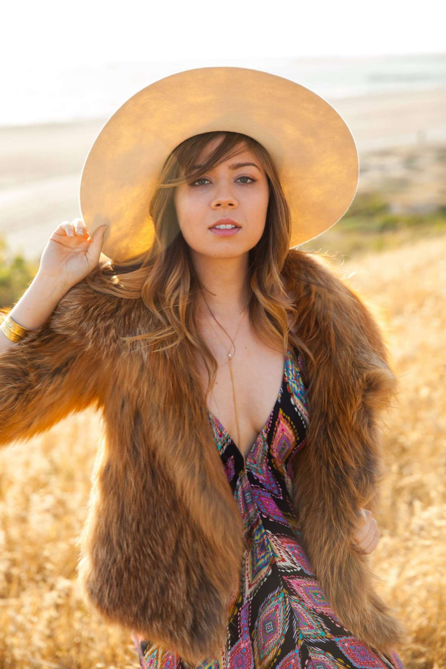 Jennette-McCurdy-Sexy-2