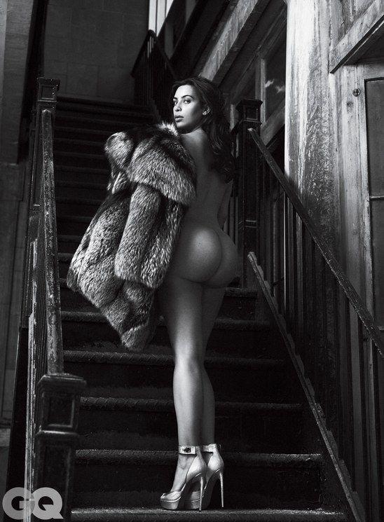 Kim-Kardashian-Nude-Sexy-4