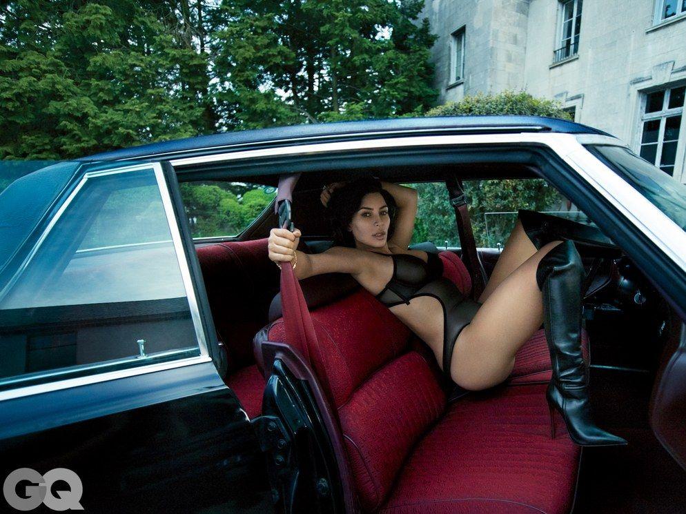 Kim-Kardashian-Nude-Sexy-6