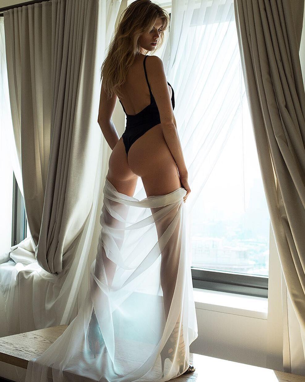 Maryna-Linchuk-Sexy-3