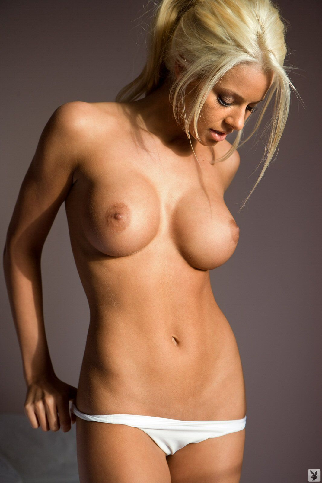 maryse ouellet bending over naked