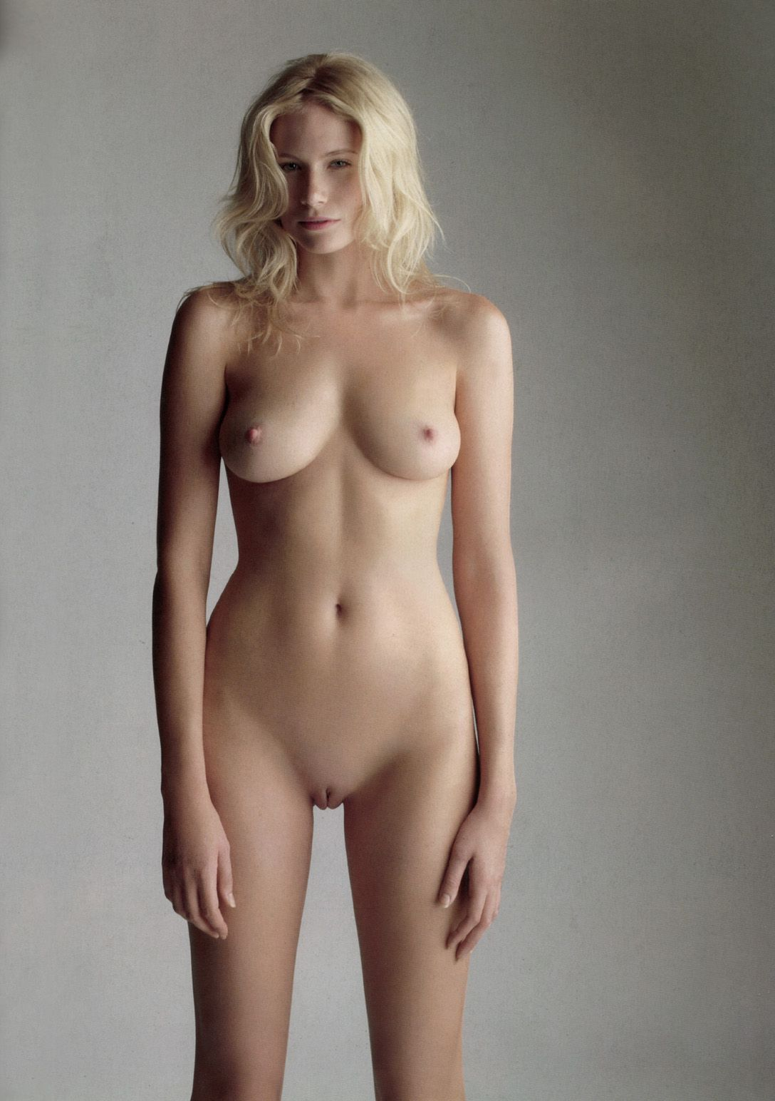 naked pictures of heroines