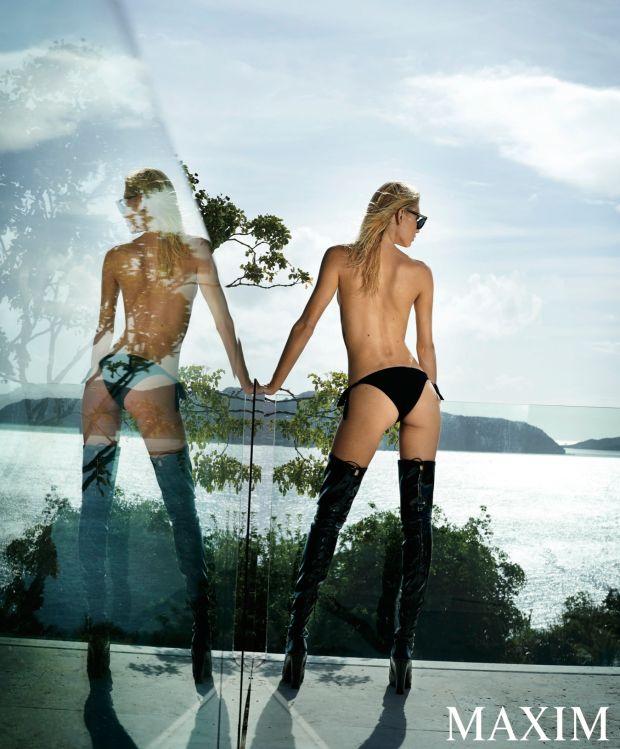 Aline-Weber-Topless-Sexy-2