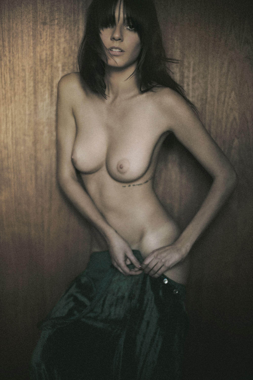 Carla nova naked — 2