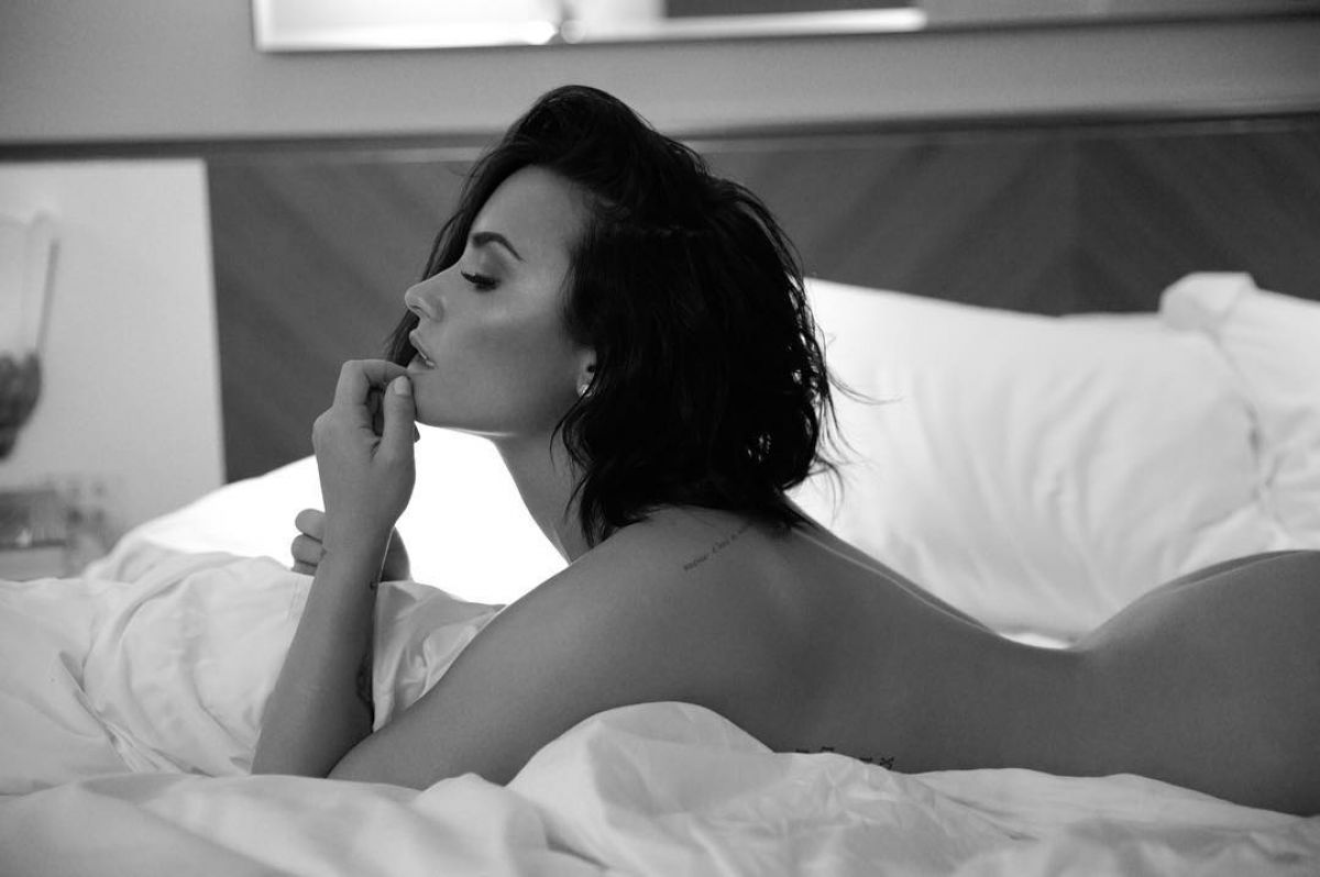 Demi-Lovato-Nude-2