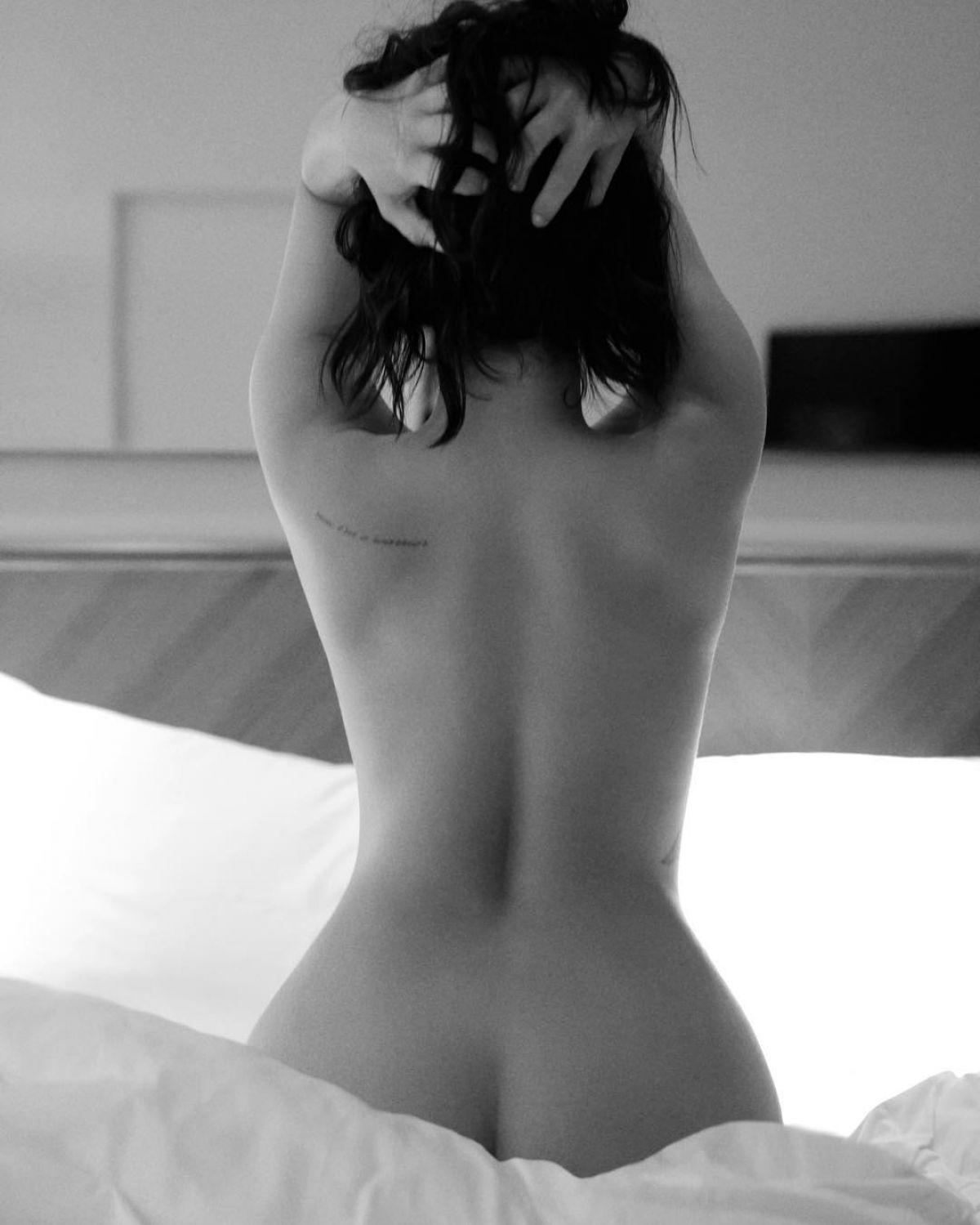 Demi-Lovato-Nude-4