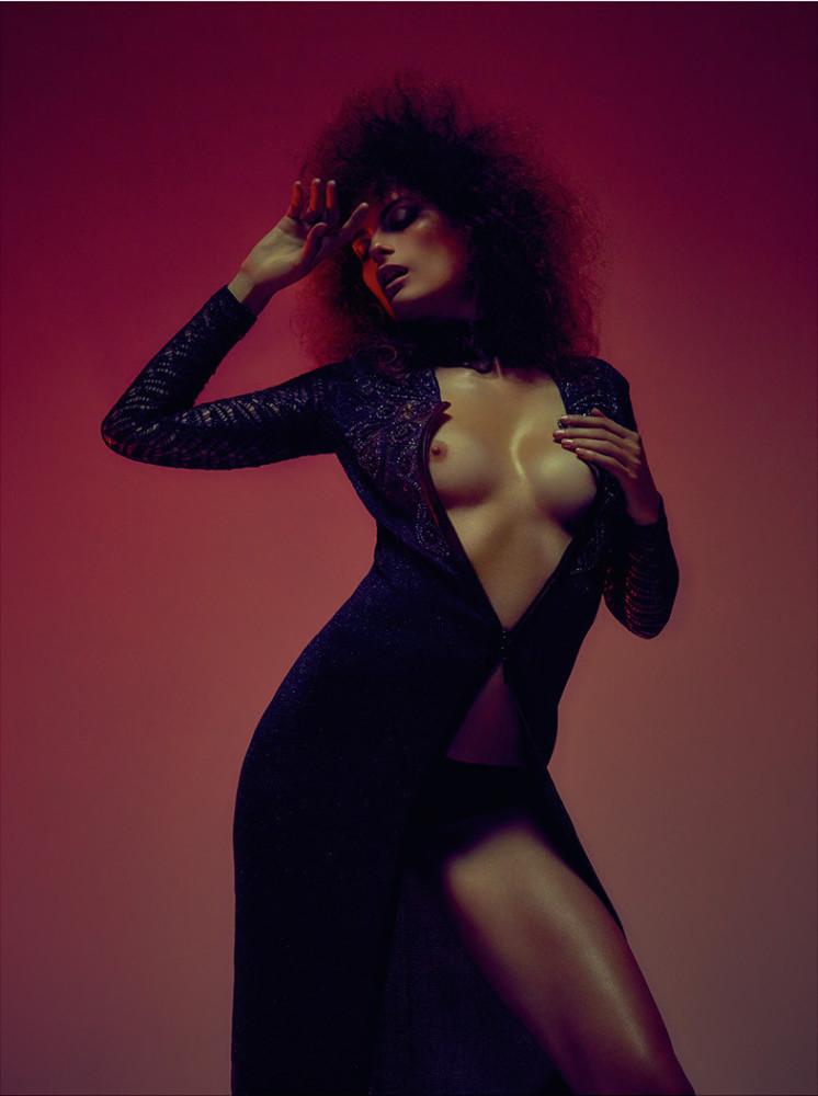 Elena-Melnik-Sexy-Topless-7
