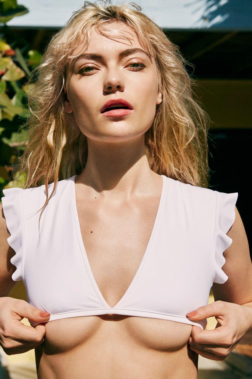 Farah-Holt-Nude-Sexy-7