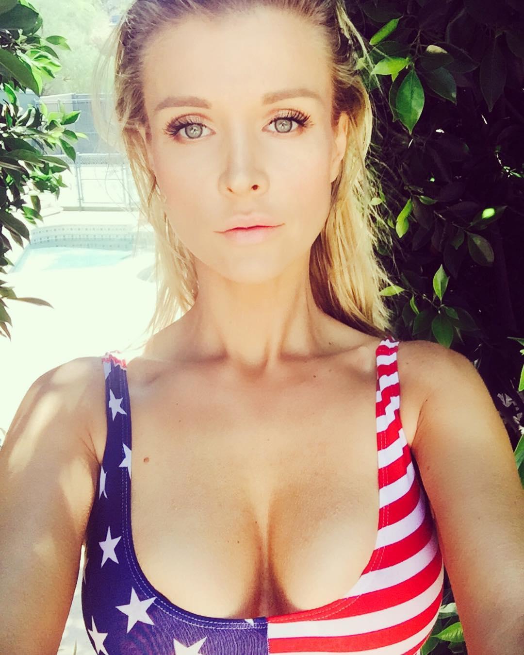 Joanna-Krupa-Nude-Sexy-7
