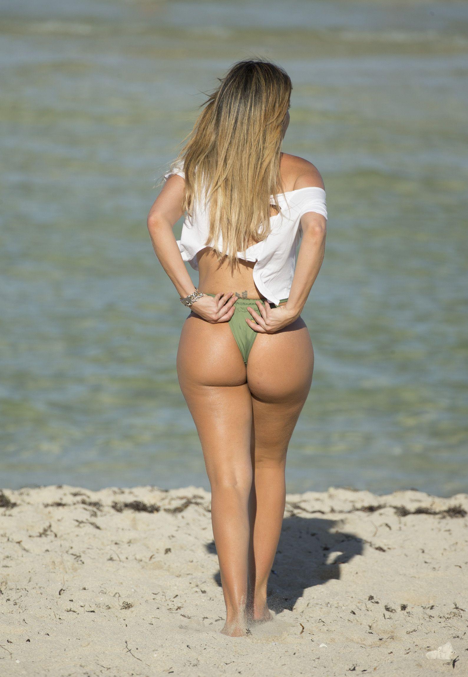 Liziane-Gutierrez-Butt-2 (1)