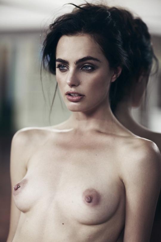 Marinet-Matthee-Topless-7