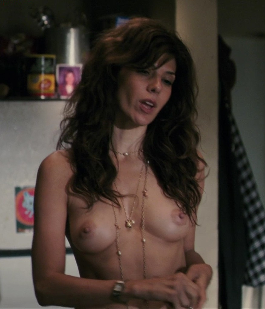 Naked photos of nancy botwin