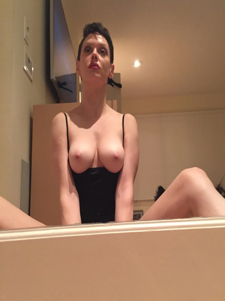 Rose-McGowan-Leaked-New-13-thefappening.so_