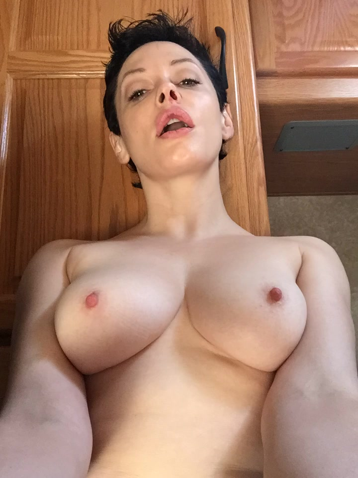 Rose-McGowan-Leaked-New-9-thefappening.so_