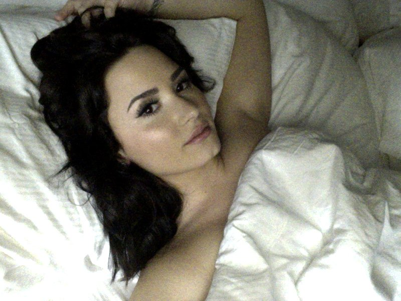 Demi-Lovato-Leaked-_thefappening_one (1)