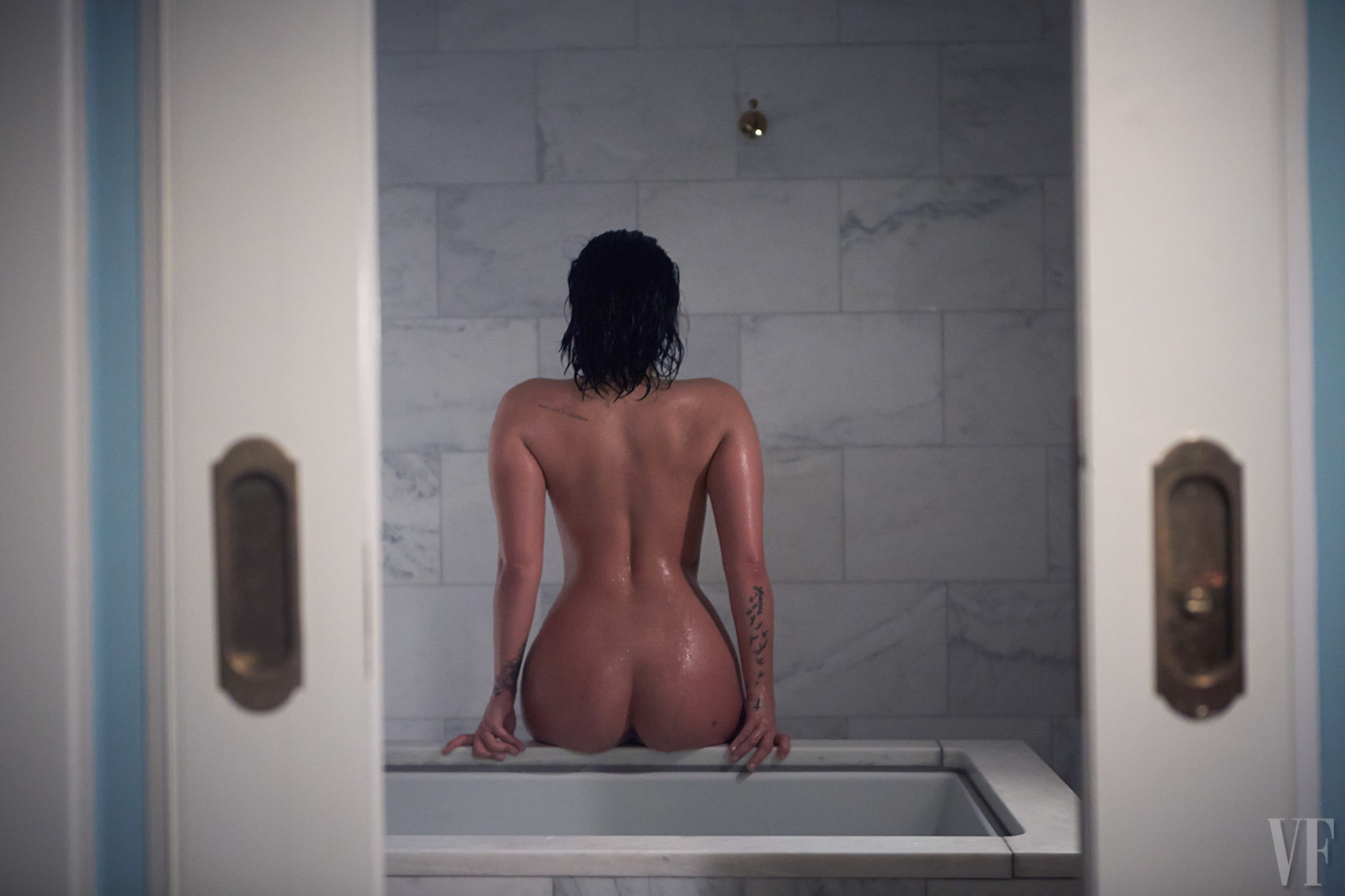 Demi-Lovato nude _thefappening_one (2)