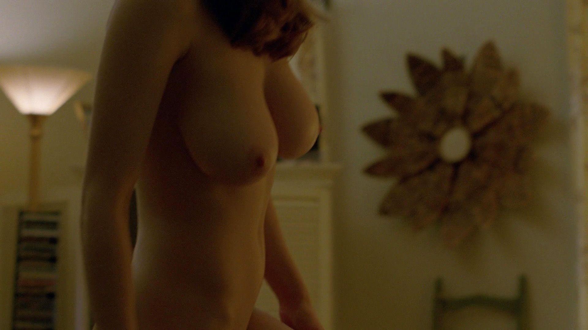 Alexandra-Daddario-Nude_thefappening_one (7)