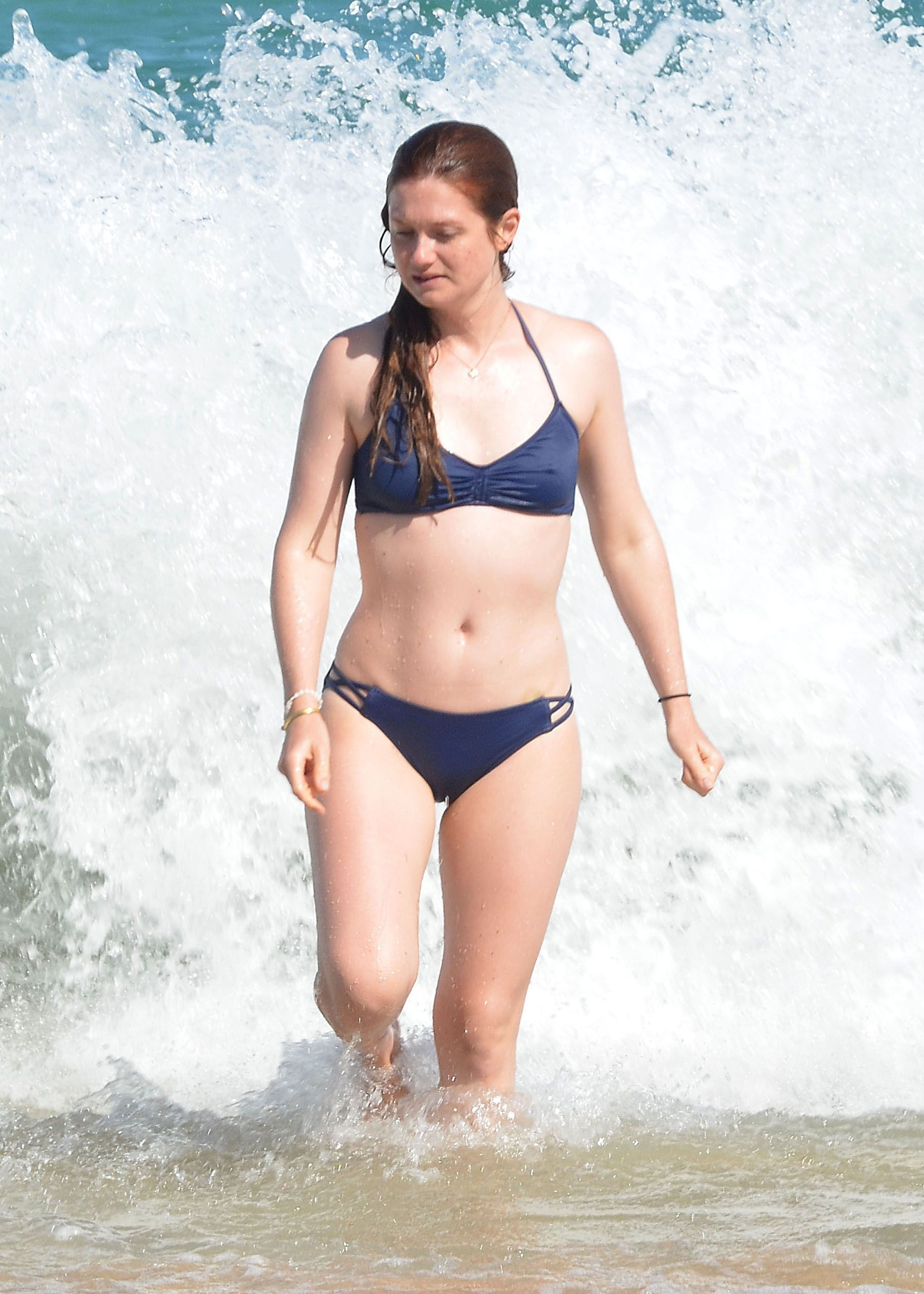 Bonnie-Wright-Sexy-2_thefappening_one (2)