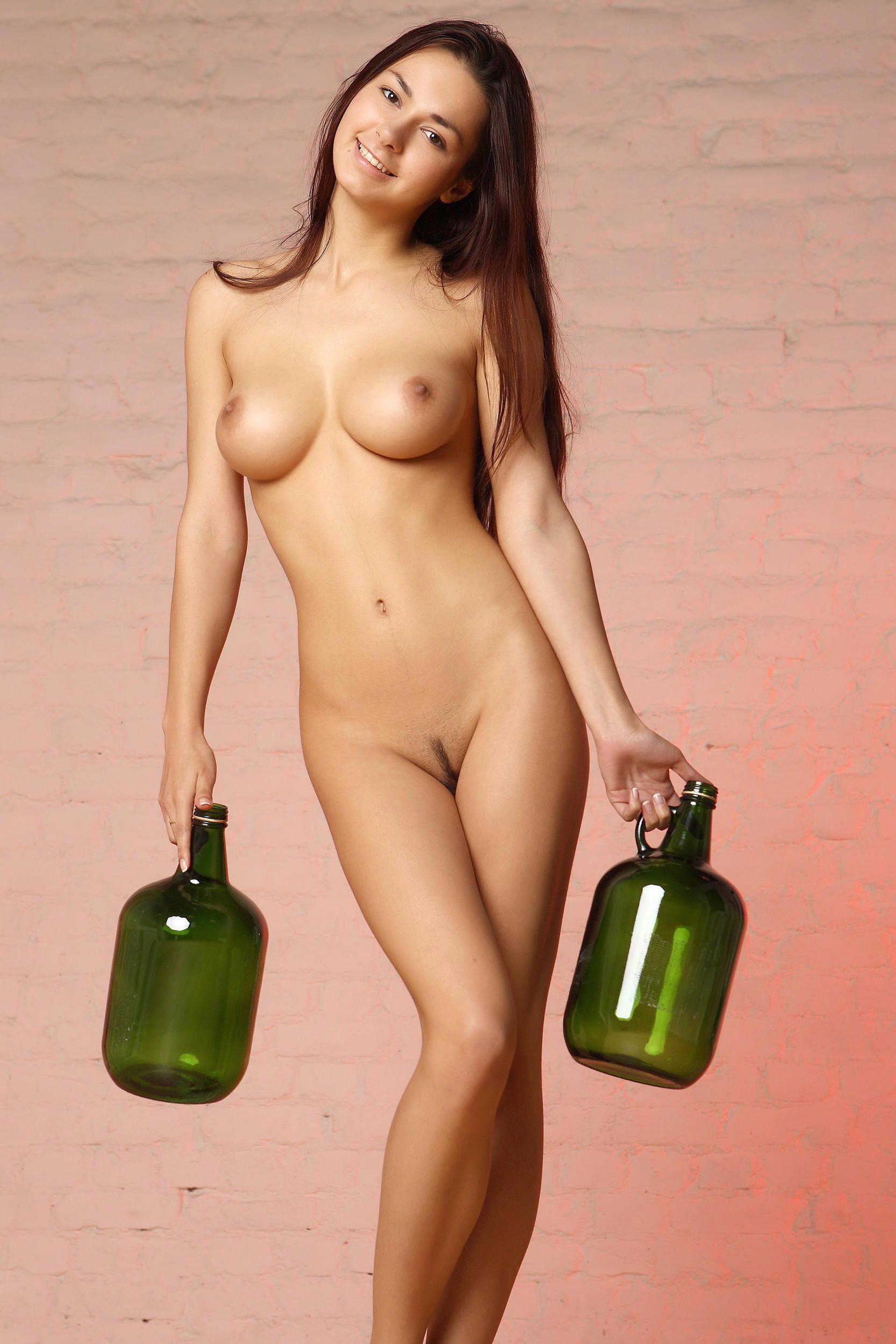 Helga-Lovekaty-Nude_thefappening_one (3)