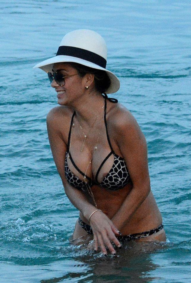 Nicole scherzinger naked on the beach #6