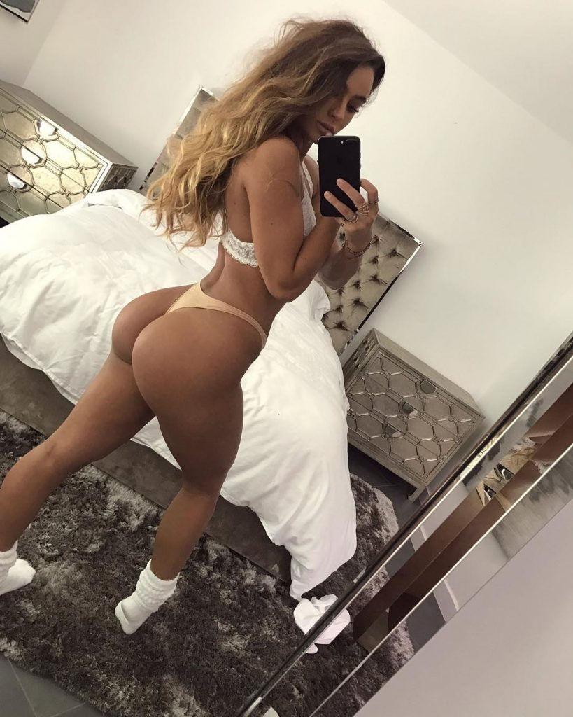 sommer ray ass nude